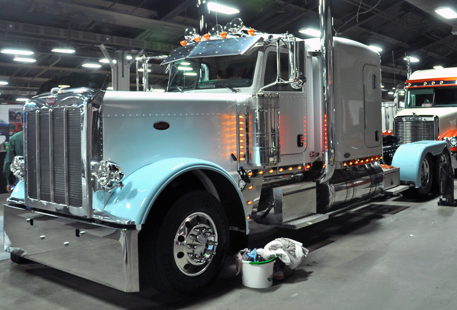 Have You Ever Seen Or Heard Of An Opportunity To Get A Brand New 2010 Peterbilt For Free I Know Haven T But If Look At The Picture