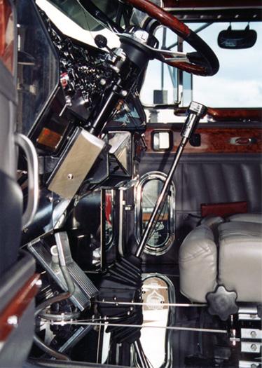 Ten four magazine trucking on line magazine for truckers for Wood floor kits for pickups