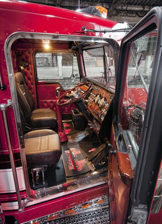 Build A Truck >> Down Under Again | 10-4 Magazine