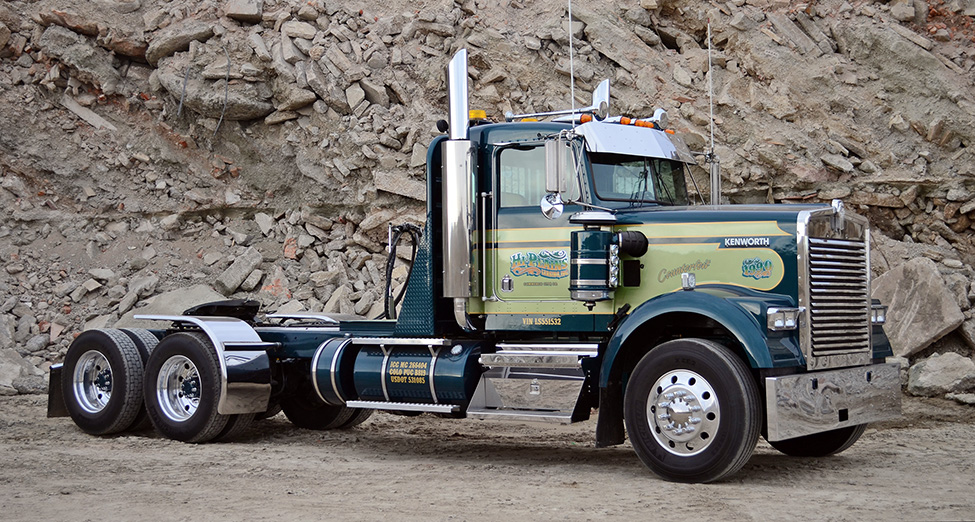 Old School Kenworth Paint Scheme