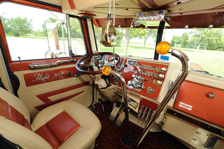 1000 images about a trucker 39 s space on pinterest john for Wood floor for 379 peterbilt