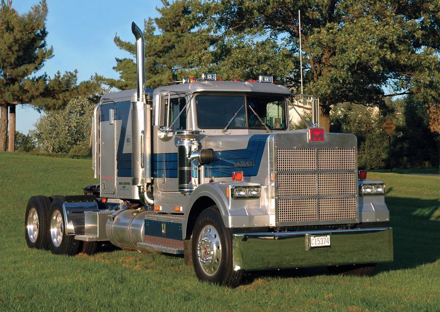 The Rolls Royce Of Trucks 10 4 Magazine