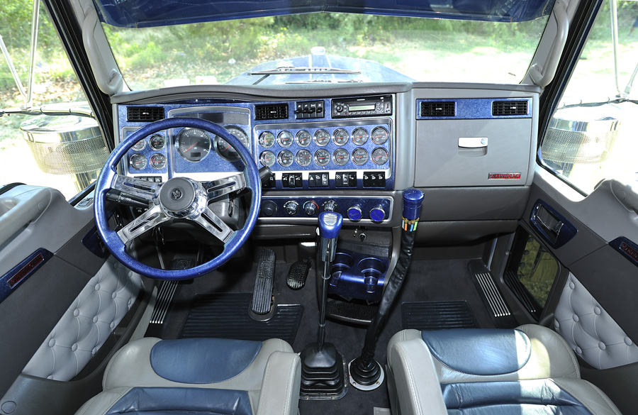 Images About Interiores Truck On Pinterest Custom