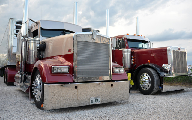 June 8-9, 2018, J&T Motorfreight pulled-off another awesome truck show (the 11th Annual Corn Patch USA Dual Wheel Classic) at […]