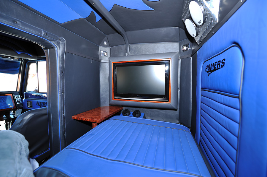 1000 Images About Big Rig Interiors On Pinterest