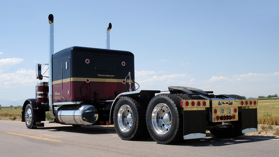 10-4 Magazine - For Today's Trucker on